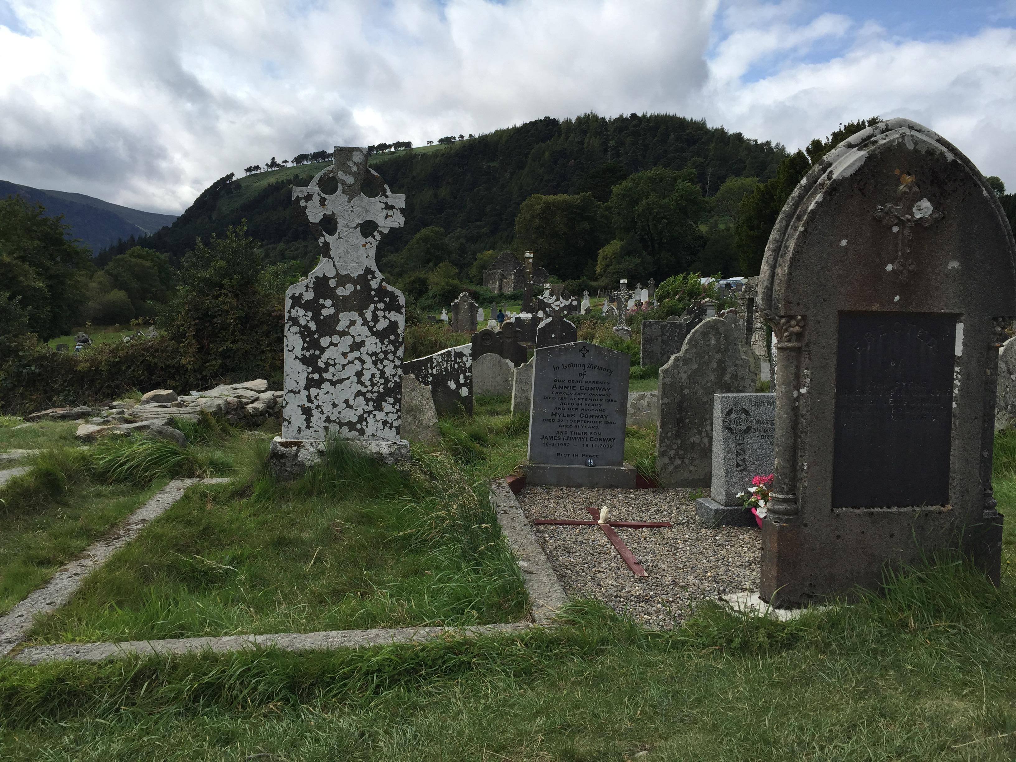 glendalough_monastic_site.jpg